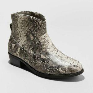 New Graciela Snake Print Ankle Boots Cat & Jack 2